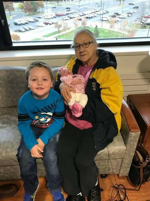 Blog Linda and the grandkids